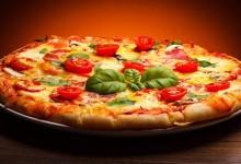 """Serata degustazione di pizze a bordo piscina  e proiezione del documentario """"Il Sole nel Piatto"""""""